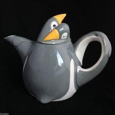 Penguin Embrace Teapot Fitz & Floyd Hugging Penguins VTG 1979 Gray White $70 on ebay, incl. shipping
