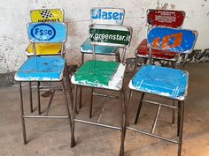 Upcycled Metal Bar Chairs By Vibrazioni at Scaramanga Classic Dining Room Furniture, Vintage Furniture, Kitchen Furniture, Wooden Dining Chairs, Old Chairs, Vintage Stool, Vintage Table, Metal Bar Stools, Metal Chairs