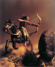 Reminds me of the battles between the Nephites & Lamanites. David Levinthal - Untitled (from the Wild West Series), c. Miniature Photography, Toys Photography, Photography Ideas, Still Life Artists, Western Landscape, Into The Fire, Still Life Photographers, Cowboys And Indians, Still Life Photos