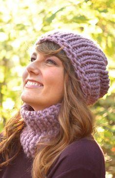 "Materialset zu ""Inside Out Beanie & Quick Loop by Ana Kraft"" - Buy Wool, Needles & Yarn Schafwolle - Buy Wool, Needles & Yarn Wolle und Stricknadeln | WE ARE KNITTERS"