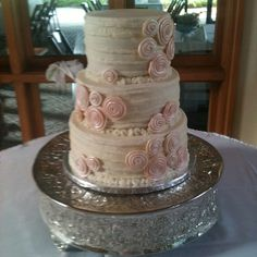 simple wedding cake created by Twisted Sister Cakes....www.twistedsistercakes.com