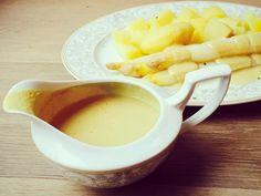 Frischer Spargel mit Kartoffeln - Rezept bald auf meinem Blog www.veg-ana.de  eating#raw#vegana#summer#münchen#munich#superfood#plantbased#plantpower#veganfoodshare#lowcarb#fitness#power#abnehmen#salad#fruity#organic#green#vegetable by enjoyvegana