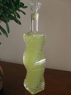 Nalewka farmaceutów Food Design, Glass Vase, Food And Drink, Vogue, Drinks, Beverages, Bottle, Liqueurs, Fitness