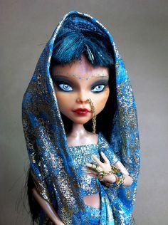 Shani poupée Monster High OOAK par AtelierMarieLouise
