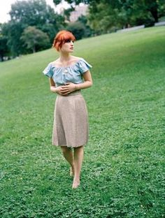 love the outfit.  (singer alison sudol of a fine frenzy)