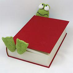 Henri le frog bookmark crochet pattern by IlDikko