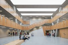 Completed in 2016 in Weiterstadt, GermanyThe Hessenwald School is located in a glade near the village of Gräfenhausen, a part of Weiterstadt (Darmstadt). It is a cooperative, lower secondary...