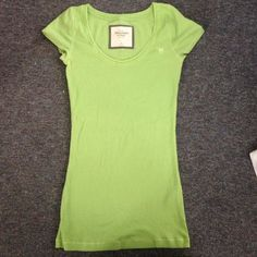 Abercrombie Green Shirt (NEVER WORN) Abercrombie Green Shirt (NEVER WORN)  STAIN FREE! No holes or rips either! SMOKE AND PET FREE! Tops Tees - Short Sleeve