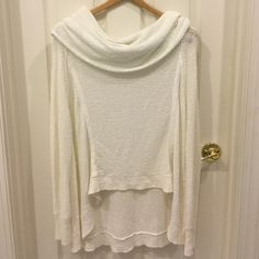 White Free People Sweater White Free People sweater with a loose neck line. Looks fabulous on! Only wore once! Free People Sweaters Crew & Scoop Necks