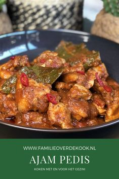Snelle ajam pedis ofwel hete kip Recipe to make your own ajam pedis or hot chicken. Low Carb Vegetarian Recipes, Healthy Crockpot Recipes, Healthy Meals For Kids, Dinner Recipes Easy Quick, Healthy Chicken Recipes, Asian Recipes, Low Carb Brasil, Healthy Slow Cooker, Indonesian Food