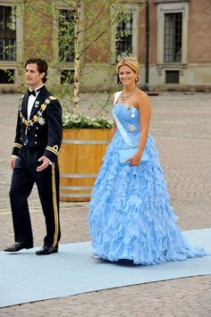 The Crown Princess of Sweden's Wedding: The Crown Princess of Sweden's Wedding: HRH The Duchess of Hälsingland and Gästrikland (19 Jun 2010) [PHOTO: Pascal Le Segretain/Getty Images]