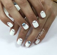 Top Design for Evil Eye Nails 2018 - Reny styles Minimalist Nails, White Nail Designs, Nail Art Designs, Nails Design, Love Nails, Pretty Nails, Evil Eye Nails, Nails 2018, Manicure E Pedicure