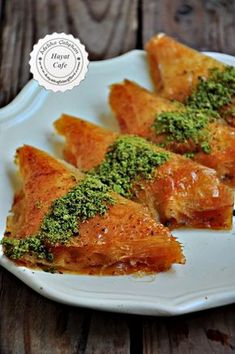 Baklava Pastry with Pastry Pastry - Hayat Cafe Easy Recipes , Cheesecakes, Pandan Cake, Best Cake Recipes, Sweet Pastries, Arabic Food, Turkish Recipes, Easy Cooking, Beautiful Cakes, Sweet Tooth