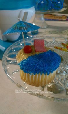 Beach Pool #Party #cupcakes @aawhitehead