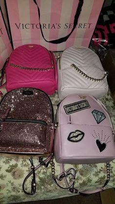 Victoria Secret Backpack Mini News with tags Mochila Victoria Secret, Victoria Secret Backpack, Victoria Secret Pink, Victoria Secret Outfits, Luxury Purses, Luxury Bags, Luxury Handbags, Purses And Handbags, Cute Mini Backpacks