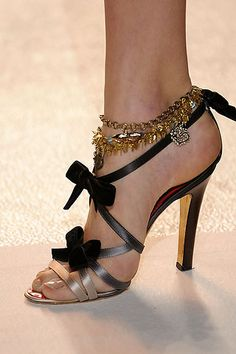 pretty Head Over Heels, Peeps, Peep Toe, My Style, Pretty, Shoes, Fashion, Shoe, Moda