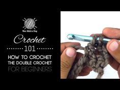 This crochet 101 beginner video tutorial will help you learn how to crochet a double crochet. Like the single crochet, the double crochet is an essential technique to all many crochet stitches. It is thone of the most common stitches performed. Crochet 101, Crochet Videos, Crochet Chart, Crochet Basics, Learn To Crochet, Double Crochet, Crochet Hooks, Free Crochet, Chunky Crochet