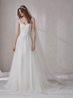 Discover our Pronovias Wedding Dress Collection. View our amazing selection of unique bridal dresses and gowns featuring the latest trends. Pronovias Dresses, Pronovias Wedding Dress, Stunning Wedding Dresses, Beautiful Dresses, Boho Chique, Bridal Dresses, Prom Dresses, Prom Dress Stores, Tulle