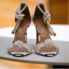 We canKNOT with these @uzashoes ! #knotheels #sandals #uza #heels #ropetwist #instastyle #fashion #heelmysoles #hms