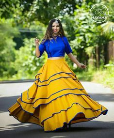 Gear up for the upcoming festive days with 15 Yellow Lehenga Choli designs. These gorgeous chaniya choli designs are perfect for day and night parties! Indian Fashion Dresses, Indian Gowns Dresses, Indian Designer Outfits, Skirt Fashion, Fashion Outfits, Trendy Fashion, Pakistani Dresses, Fall Dresses, Fashion Advice