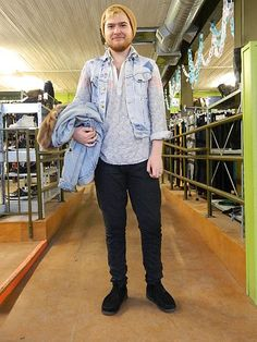 Buffalo Exchange Minneapolis, Customer Tim sporting a the perfect layers