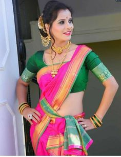 Blouse Back Neck Designs, Sari Blouse Designs, Bridal Blouse Designs, Look Fashion, Girl Fashion, Indian Fashion, Fashion Ideas, Marathi Bride, Marathi Nath