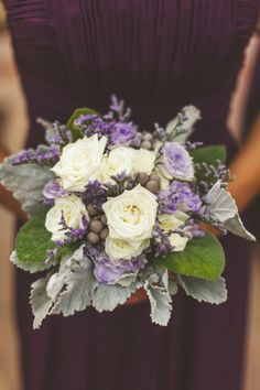 Lavender roses. white. berries. dusty miller. Photography By / cptphotography.com, Event Planning By / anaffairtoremember.net