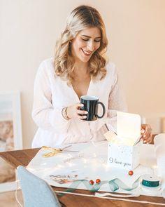 """Anaïs indra auf Instagram: """"Auf @smartphoto_ch konnte ich bereits ein paar tolle Geschenke ganz einfach selber gestalten, wie die Tasse für meinen Freund und ein Foto…"""" Blog, Instagram, Pictures, Great Gifts, Boyfriend, Couple, Simple, Blogging"""