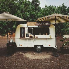 Dark Roost Coffee Kauai, HI, Vintage Perris Pacer coffee trailer Más My Coffee Shop, Coffee Love, Real Coffee, Coffee Barista, Coffee Menu, Coffee Creamer, Coffee Shops, Iced Coffee, Mini Camper