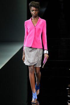 Giorgio Armani Runway Show, Milan Fashion Week, Ready-to-wear, summer-spring 2014, #MFW #RTW #Fashion from Vogue.fr