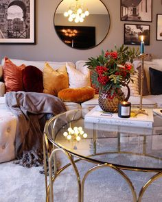 Home Ideen und Dekorationen : Find the most beautiful home ideas and decorations for your home interior. Home Living Room, Living Room Designs, Living Room Decor, Living Room Inspiration, Home Decor Inspiration, Home Decoracion, New Interior Design, Traditional Decor, Eclectic Decor