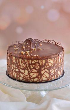 Maxi King, Bee Cakes, Cake Decorating Videos, Tiramisu Cake, Mousse Cake, Nigella, Sweet Life, Coffee Cake, Cake Designs