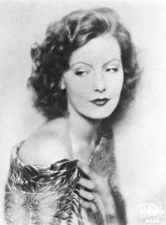 Greta Garbo-A really beautiful picture of her. Gorgeous