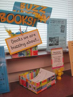 Buzz Worthy Books--I foresee a use for the bee pattern on the Silhouette Cameo. For both kids and adults, we can decorate with some bumblebees and BUZZ! Library Center, Class Library, Elementary Library, Library Lessons, Library Books, School Library Displays, Library Themes, Library Activities, Library Ideas