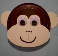 monkey paper plate - kids color paper plate brown. Have kids cut out cream face and ears and glue to plate then add eyes.