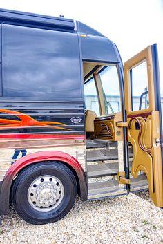 Kelley blue book travel trailer values