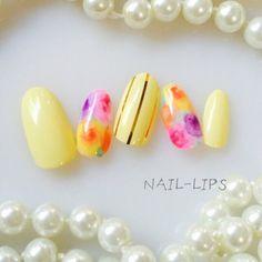 春/ふんわりフラワー/イエロー/GOLDストライプネイルチップ
