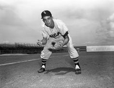 Chicago White Sox shortstop Luis Aparicio, c. 1957 - BL-2091-69 (Don Wingfield/National Baseball Hall of Fame Library)