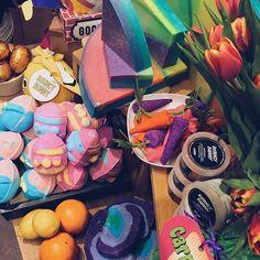 Gestern durfte ich die neuen Osterprodukte (inklusive Bouncy Bunny &  Humpty Dumpty) vorab für euch testen  Was ihr ab morgen in den Stores findet, seht ihr heute schon auf meinem Snapchat  Love2Style_com ☁️ | #lush #lushaustria #lushostern2016 #heaven #bad #ostern
