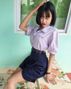 ในภาพอาจจะมี หนึ่งคนขึ้นไป, ผู้คนกำลังยืน, เด็ก และสถานที่ในร่ม Cute Girls, Cool Girl, Military Girl, Knot Dress, Girls Uniforms, Beautiful Asian Women, Sexy Asian Girls, Japanese Girl, Asian Beauty