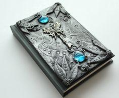 DISPLAY ITEM. Gothic sketchbook - Secret key - journal - polymer clay - fantasy steampunk gothic lolita blank - skeleton key
