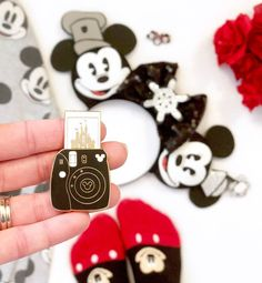 I am TOTALLY obsessed with this pin from ! I am TOTALLY obsessed with this pin from ! I just really needed to share that with… Walt Disney, Disney Pixar, Cute Disney, Disney Magic, Disney Parks, Collection Disney, Pin Collection, Disney Vacations, Disney Trips