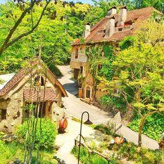 静岡県にもあった!ジブリのような世界観の「ぬくもりの森」 - Locari(ロカリ)