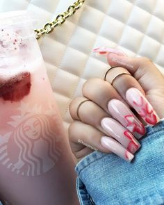 What Christmas manicure to choose for a festive mood - My Nails Perfect Nails, Gorgeous Nails, Pretty Nails, Cute Acrylic Nails, Acrylic Nail Designs, Nail Art Designs, Watermelon Nails, Aycrlic Nails, Bling Nails
