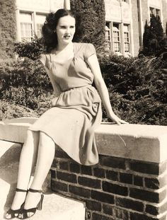 One of the last known pictures of Elizabeth Short. Hollywood 1946 (The Black Dahlia)