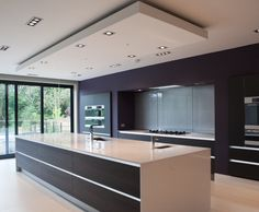 Many more people use simple white kitchen ceilings. They often overlook the kitchen ceiling design or indeed they think it's the best solution. Kitchen Ceiling Design, Luxury Kitchen Design, Kitchen Room Design, Contemporary Kitchen Design, Luxury Kitchens, Kitchen Layout, Home Decor Kitchen, Cool Kitchens, Diy Kitchen