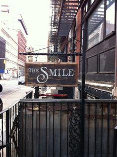The smile - The Village NYC - Scrapbook - Cultuur - VOGUE Nederland