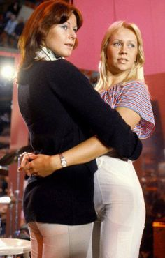 Frida & Agnetha ~ Two of the best voices in the music industry.