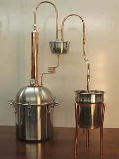 ALCOHOL ETHANOL MOONSHINE COPPER TOWER STILL 4 GALLON PREMIUM BOILER Copper Moonshine Still, How To Make Moonshine, Moonshine Still Plans, Homemade Still, Homemade Wine, Whisky, Beer Brewing, Home Brewing, Alcohol Still