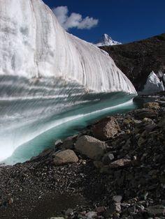 K2 Mountain from the Gondogoro La trek | Pakistan (by Mike Mellinger)